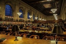 Une salle de lecture