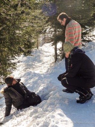 Sans raquette il faut rester sur la neige dure